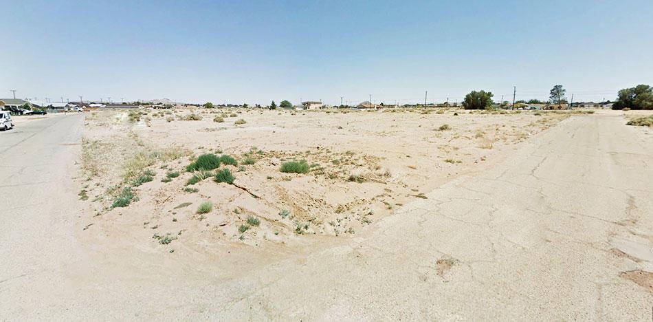 Escape into this Desert Paradise - Image 3