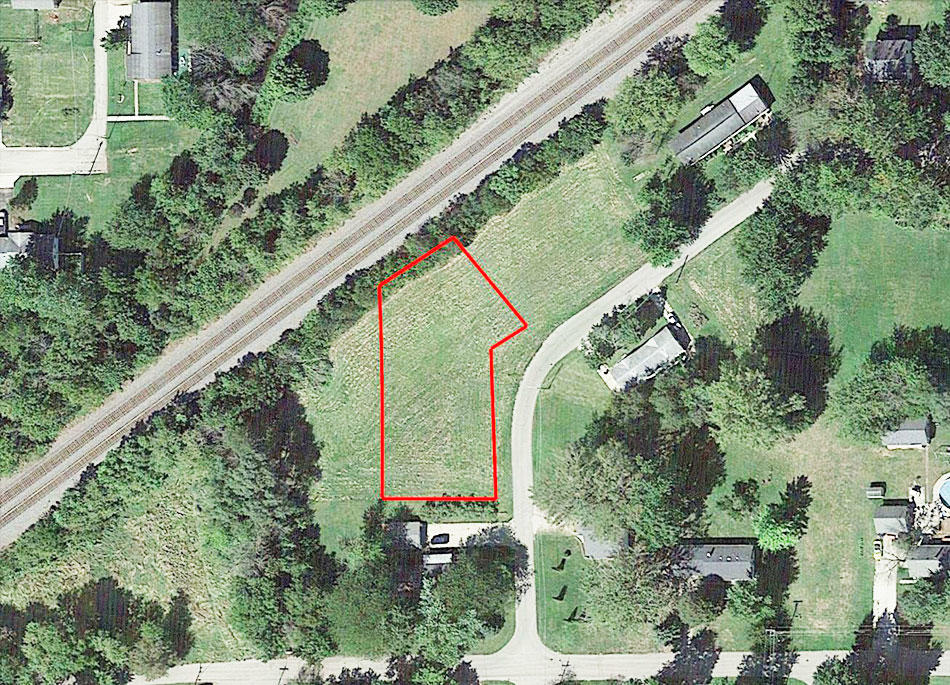Safe Haven on Nearly Half an Acre - Image 1