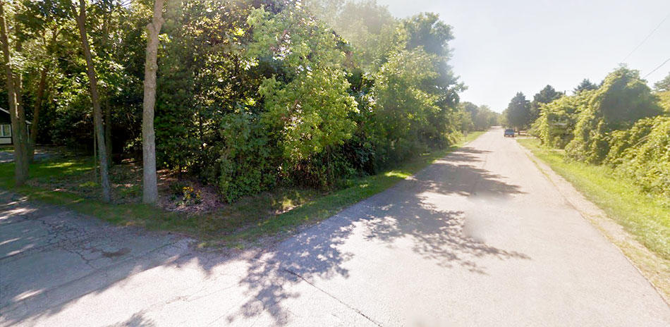 Over Half an Acre Near Lake Michigan - Image 3