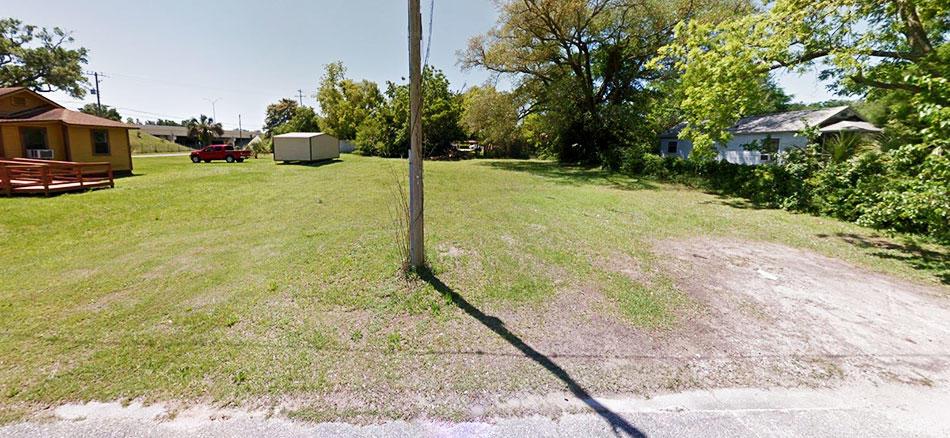 Pensacola Homesite Off of I-110 - Image 3