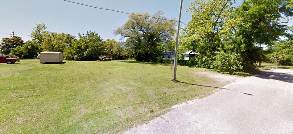 Pensacola Homesite Off of I-110 - Image 5