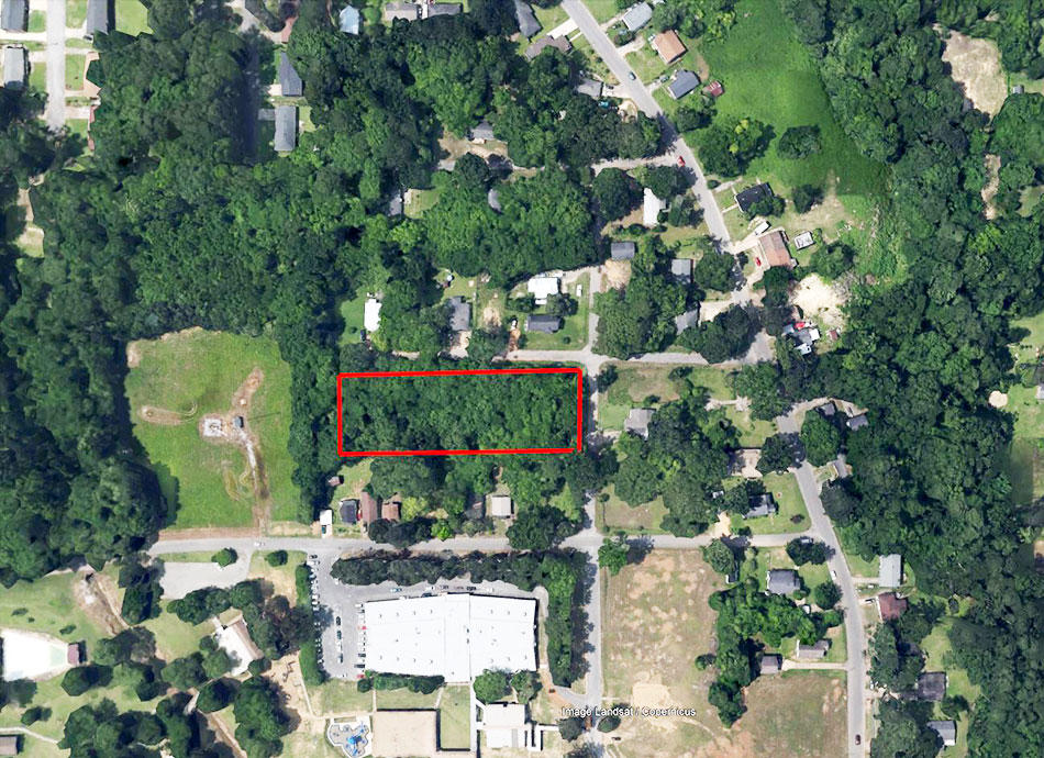Large Acre Lot Near Meridian Mississippi - Image 1