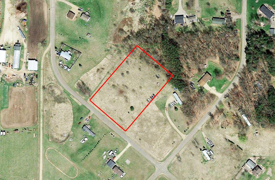 Stunning 2 Acres in Friendliest Town in Wisconsin - Image 1