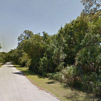 Neighborhood Lot in Port Charlotte - Image 1