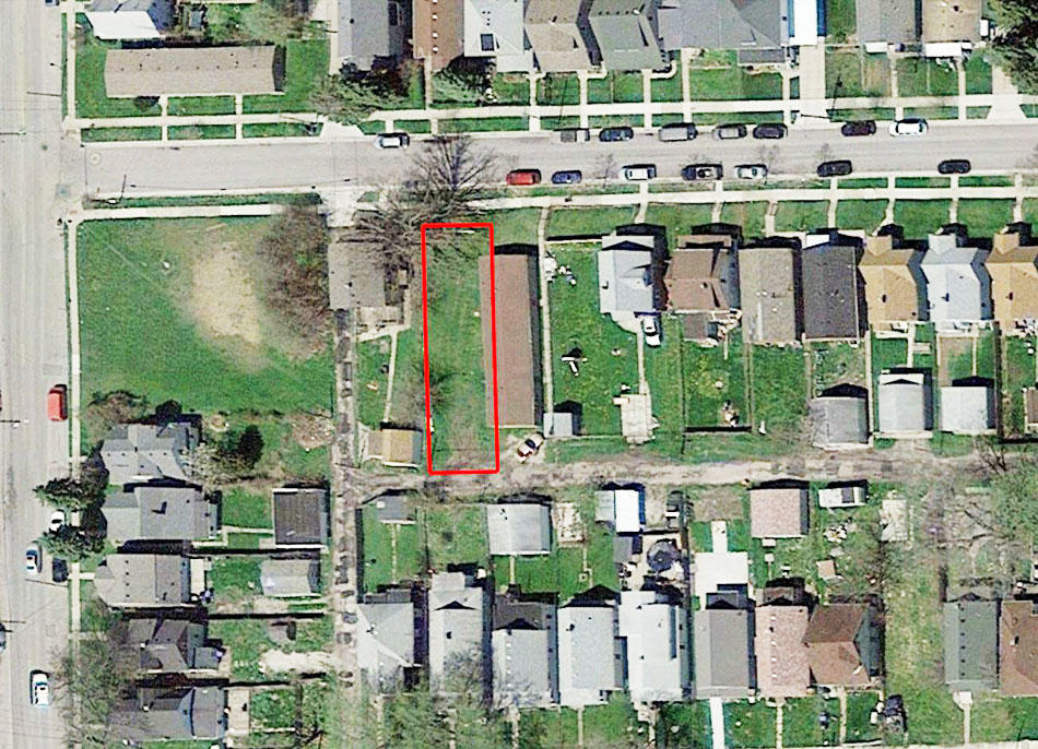 Prime Real Estate Near Lake Erie - Image 2