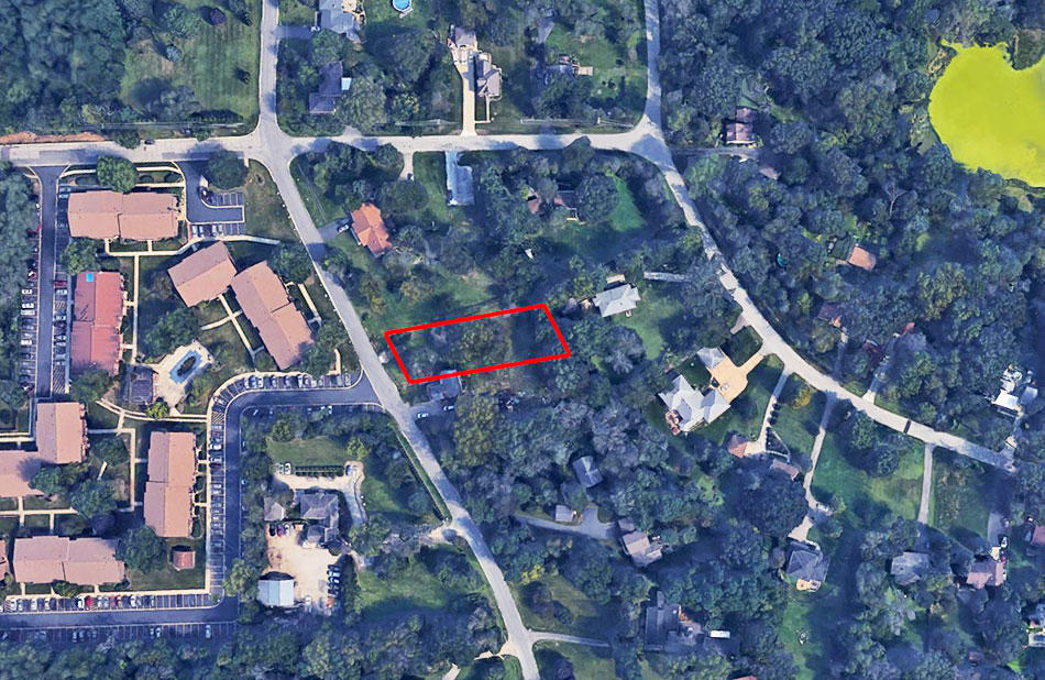 Large Residential Lot in Sweet Suburb of Chicago - Image 2