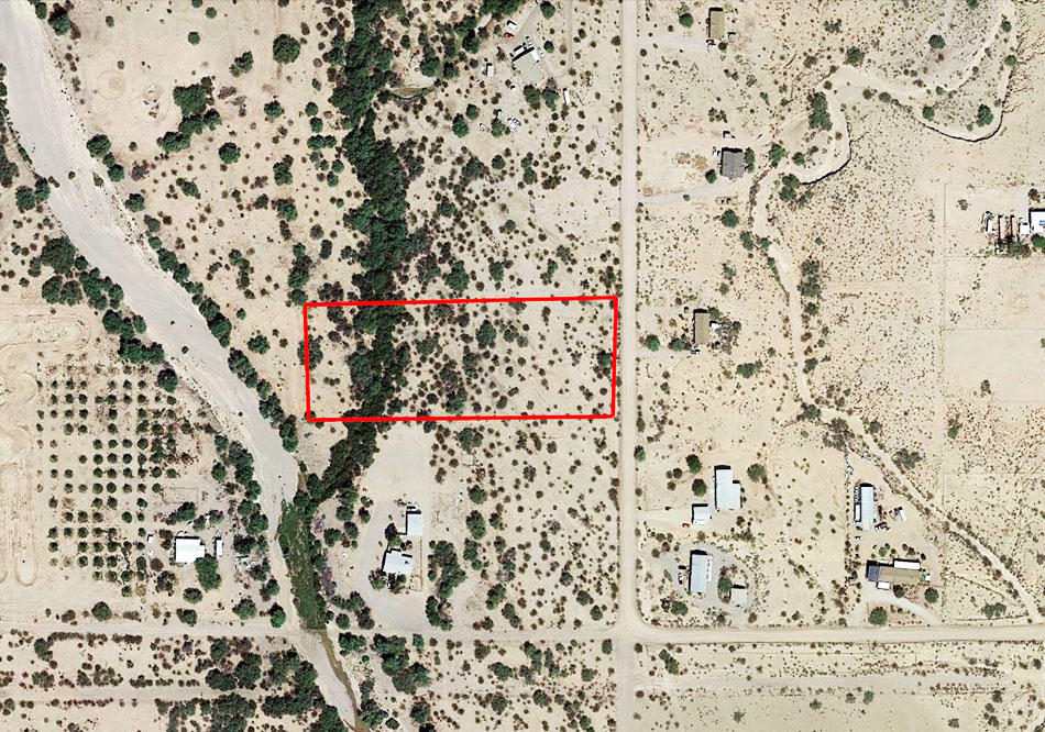 Over 3 Acres an Hour West of Phoenix - Image 1