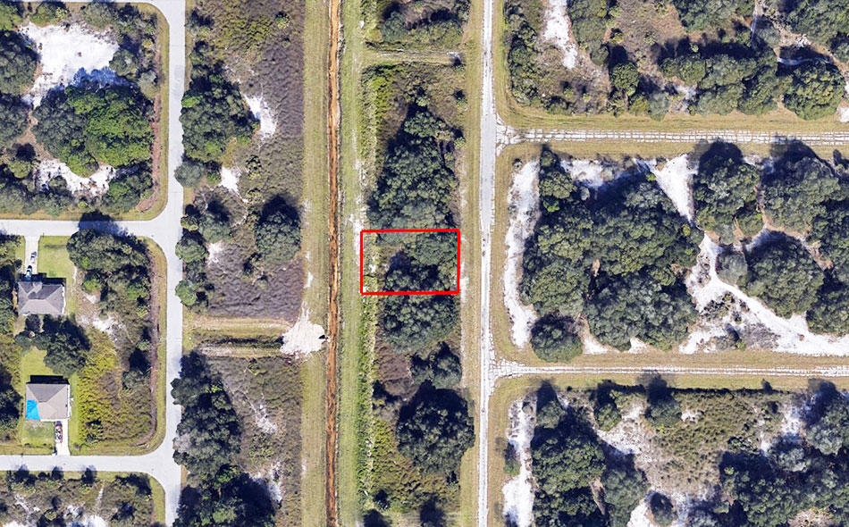 Florida Property in Up and Coming Area - Image 1