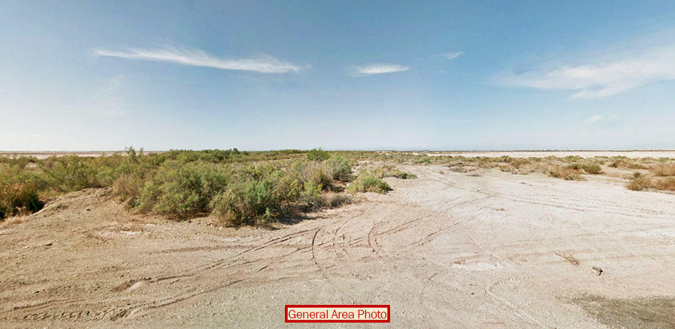 Hidden Desert Gem on 10 Expansive Acres - Image 3