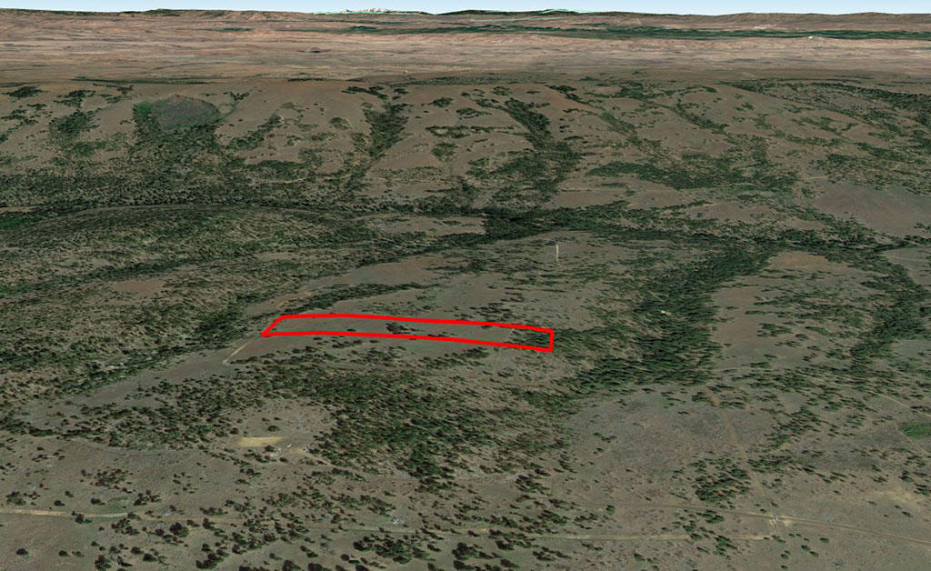 Acreage Near the Mountains and the Columbia River - Image 3