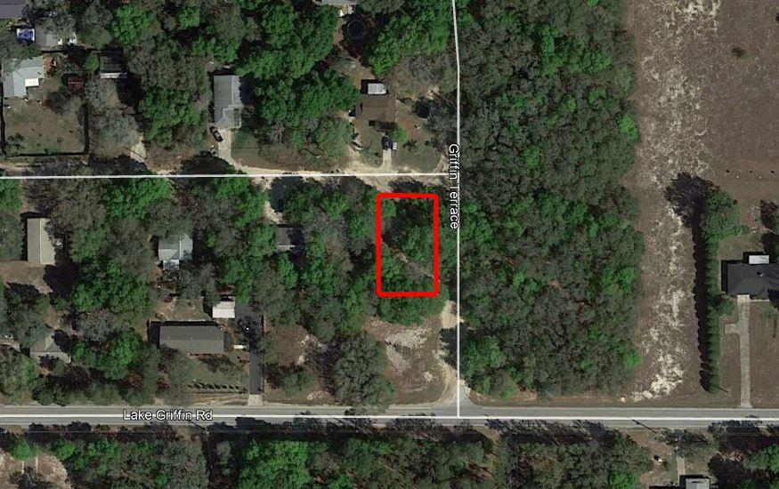 Commercial Lot Located in Residential Neighborhood - Image 2