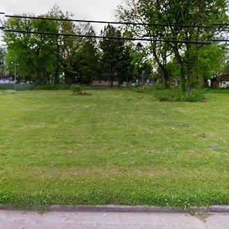 Suburban Oasis on Near Half Acre - Image 0