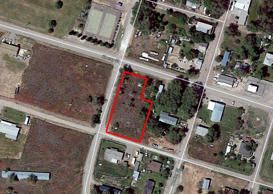 Fertile Half Acre on Corner Lot - Image 1