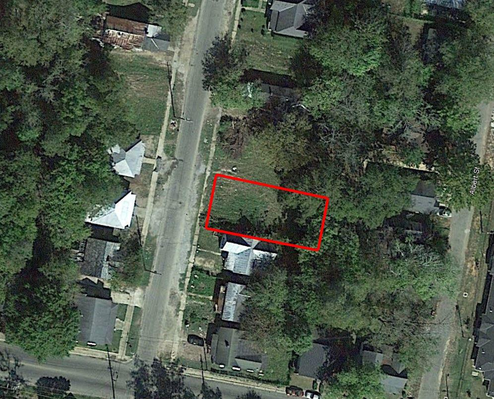 Quaint Property in Heart of Selma - Image 2