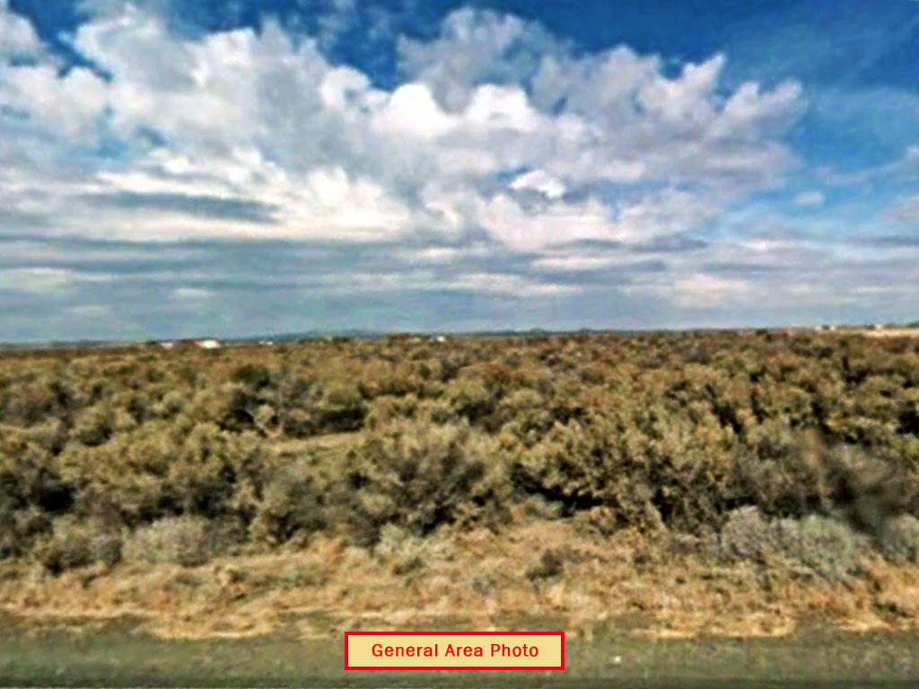 Affordable Land Investment in Friendly Oregon Town - Image 2