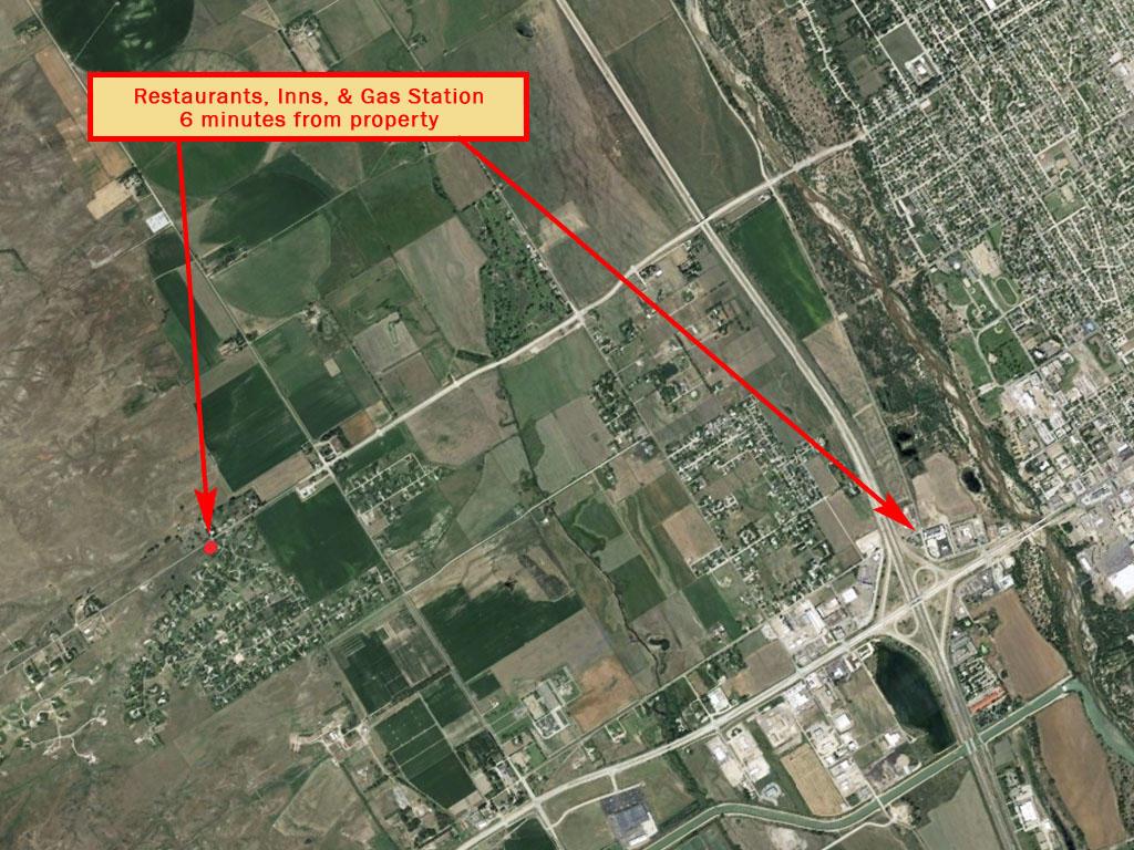 Sprawling Corner Lot in Charming North Platte - Image 5