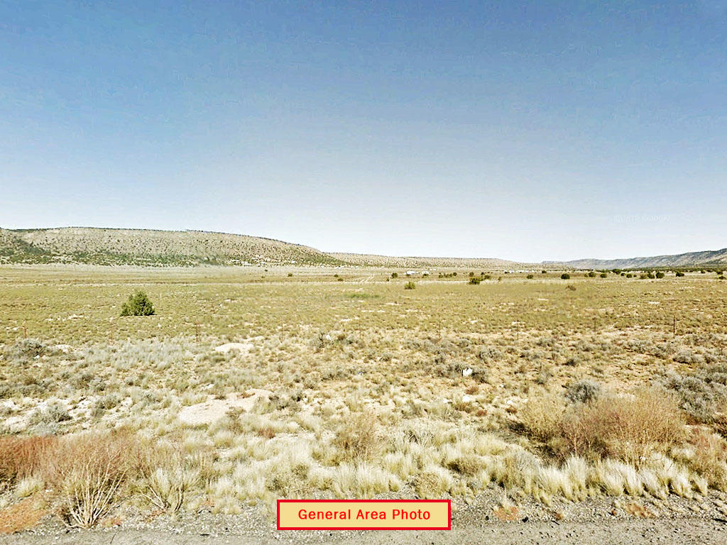 1.5 Acre Corner Lot Close to Seligman and Route 66 - Image 5