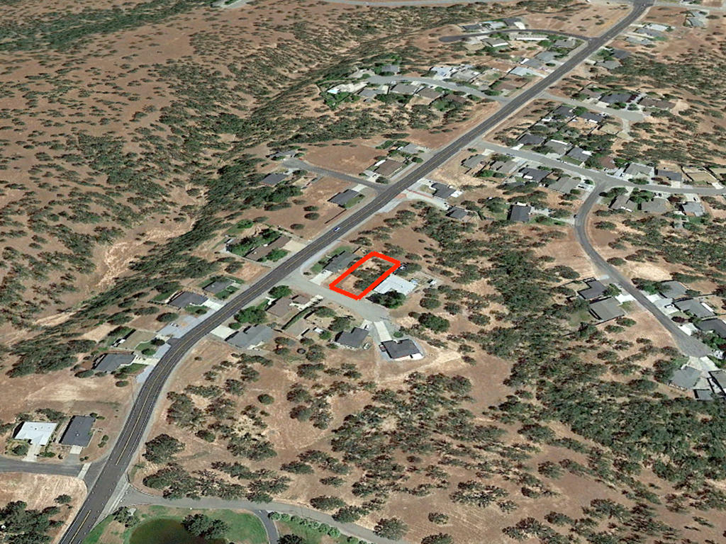 Wonderful Cottonwood Residential Lot on Dead End Street in California - Image 2