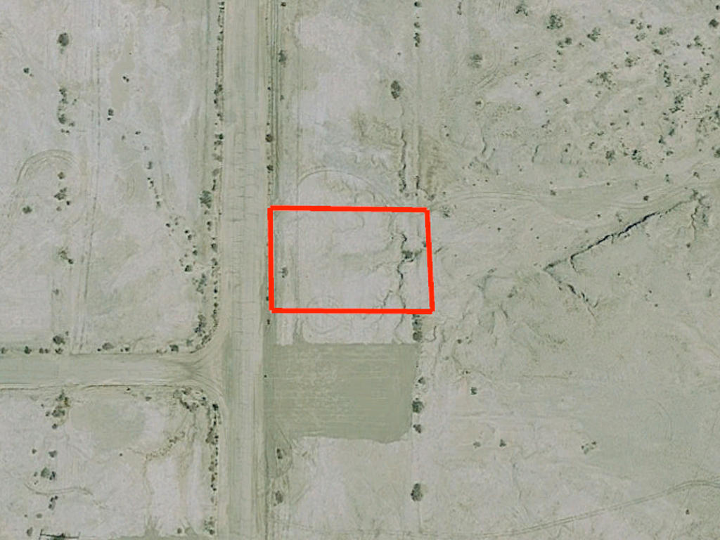 Quarter Acre Lot near the Gorgeous Salton Sea - Image 2