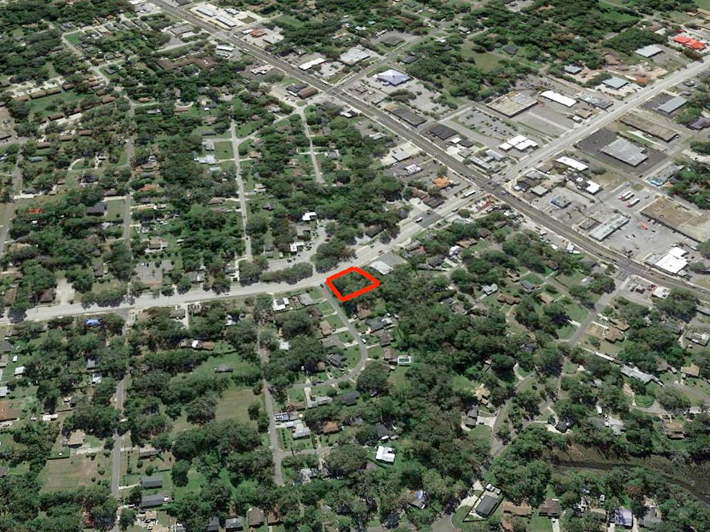Commercial Plot in Bustling City - Image 3