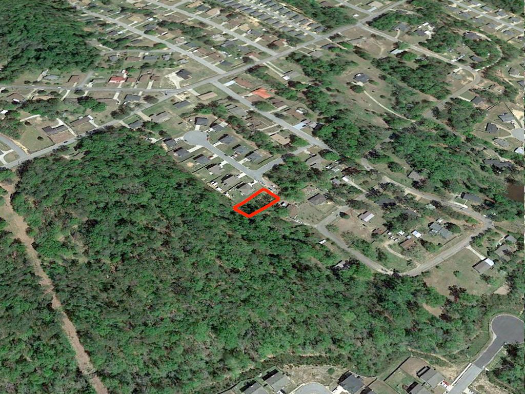 Quarter Acre Lot in Nice Alabama Neighborhood in Phenix - Image 3