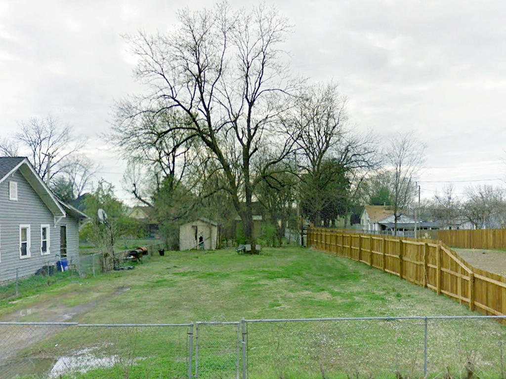 Cleared City Lot with Excellent Potential - Image 3