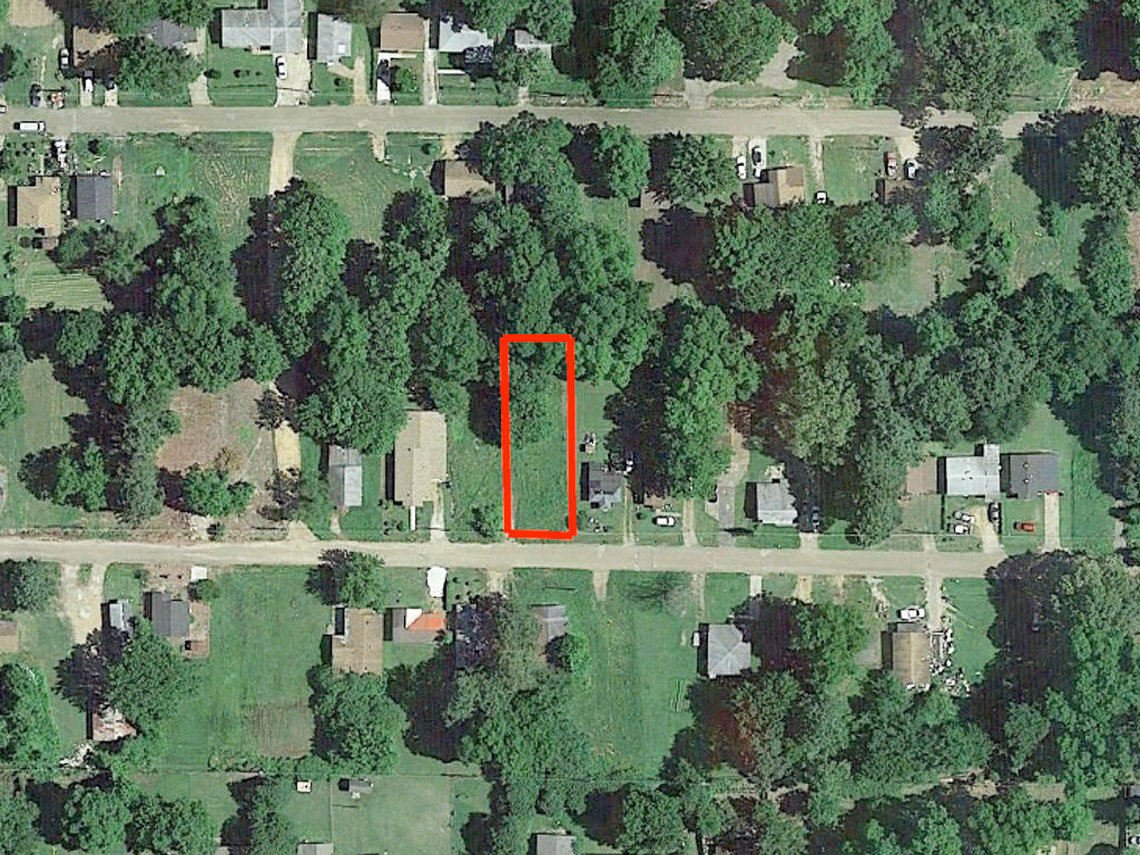 Pretty Lot Located in Forrest City - Image 1