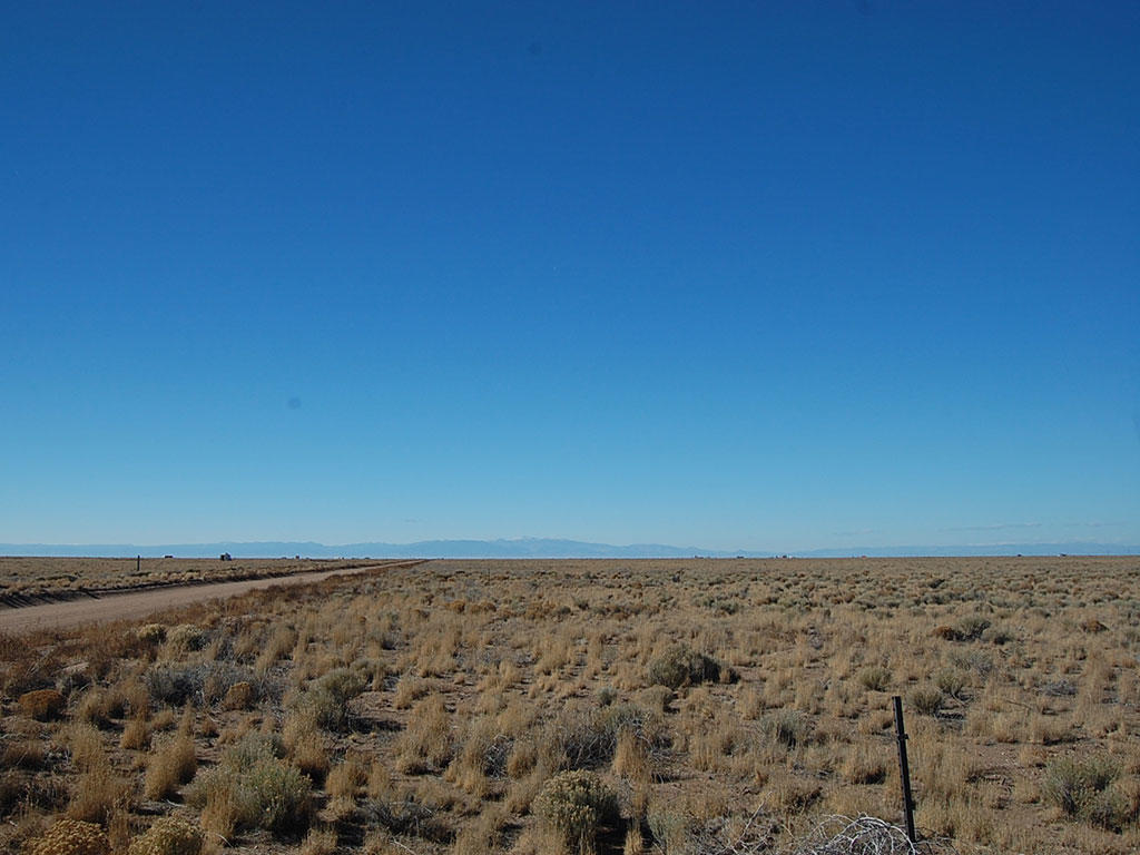 Five and a Half Acres in Beautiful San Luis Valley - Image 3