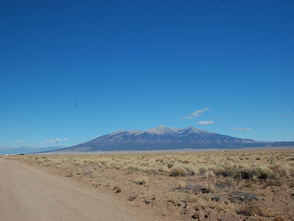 Five and a Half Acres in Beautiful San Luis Valley - Image 4