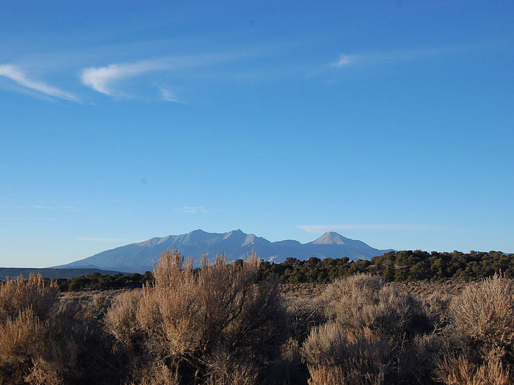 Mountain Views in Southern Colorado - Image 4