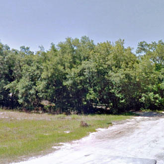 Commercial Lot Located in Residential Neighborhood - Image 1