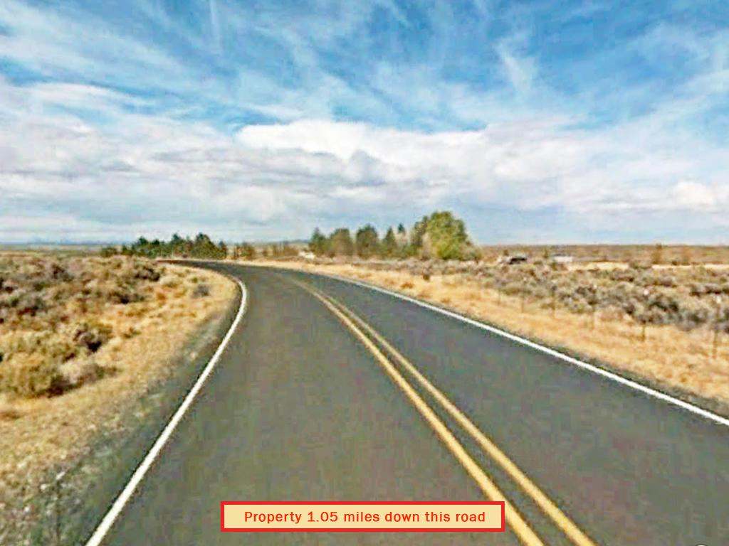 One Acre Southern Oregon Escape - Image 4