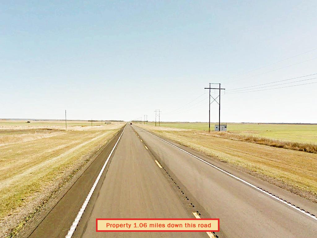 Peaceful Quarter Acre in Tiny North Dakota Community - Image 5