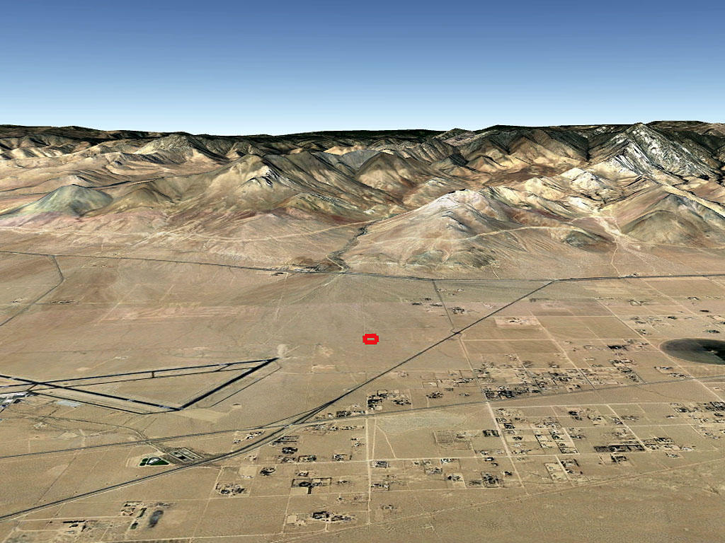Desert Living on Expansive Five Acres - Image 2