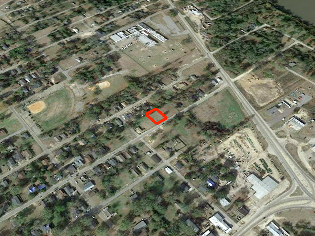 Cleared lot in Historic Hattiesburg - Image 3