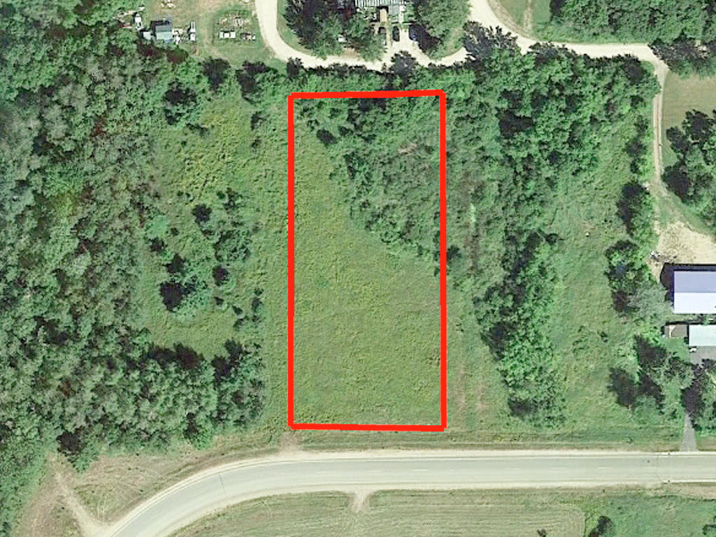 Beautiful Good Size Lot in Akeley - Image 1