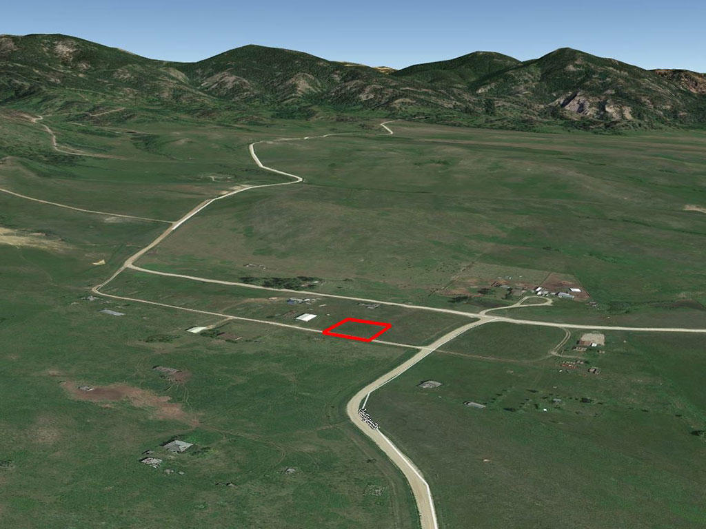 Cleared Level Gilt Edge Montana Townsite Property - Image 2