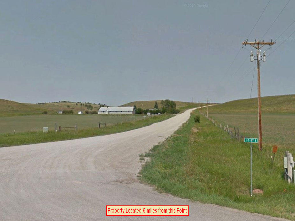 Cleared Level Gilt Edge Montana Townsite Property - Image 4