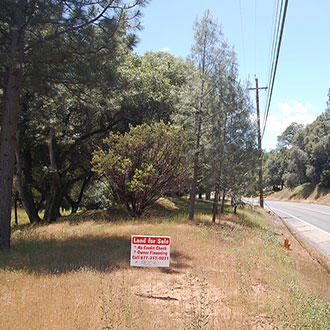 Large Lot in Friendly Community Near Yosemite National Park - Image 0