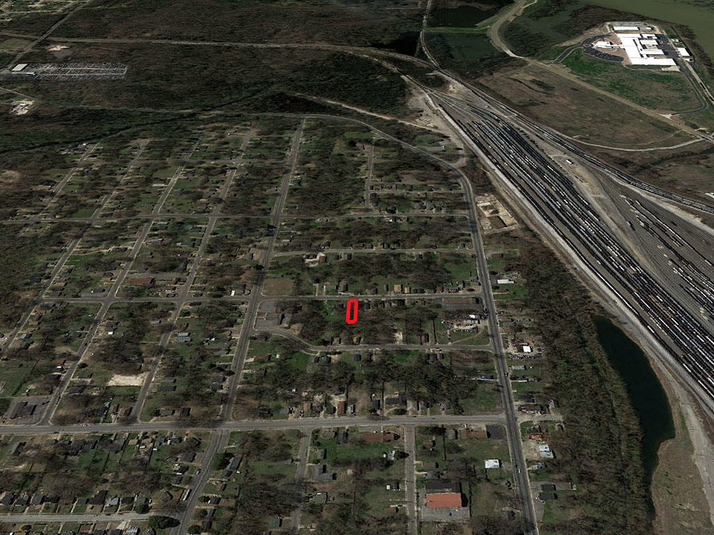 Historic Neighborhood Memphis City Lot - Image 3