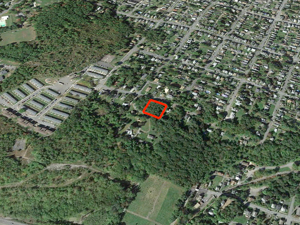 Rare Two Parcel Lot Sold as One in Vibrant Community - Image 2