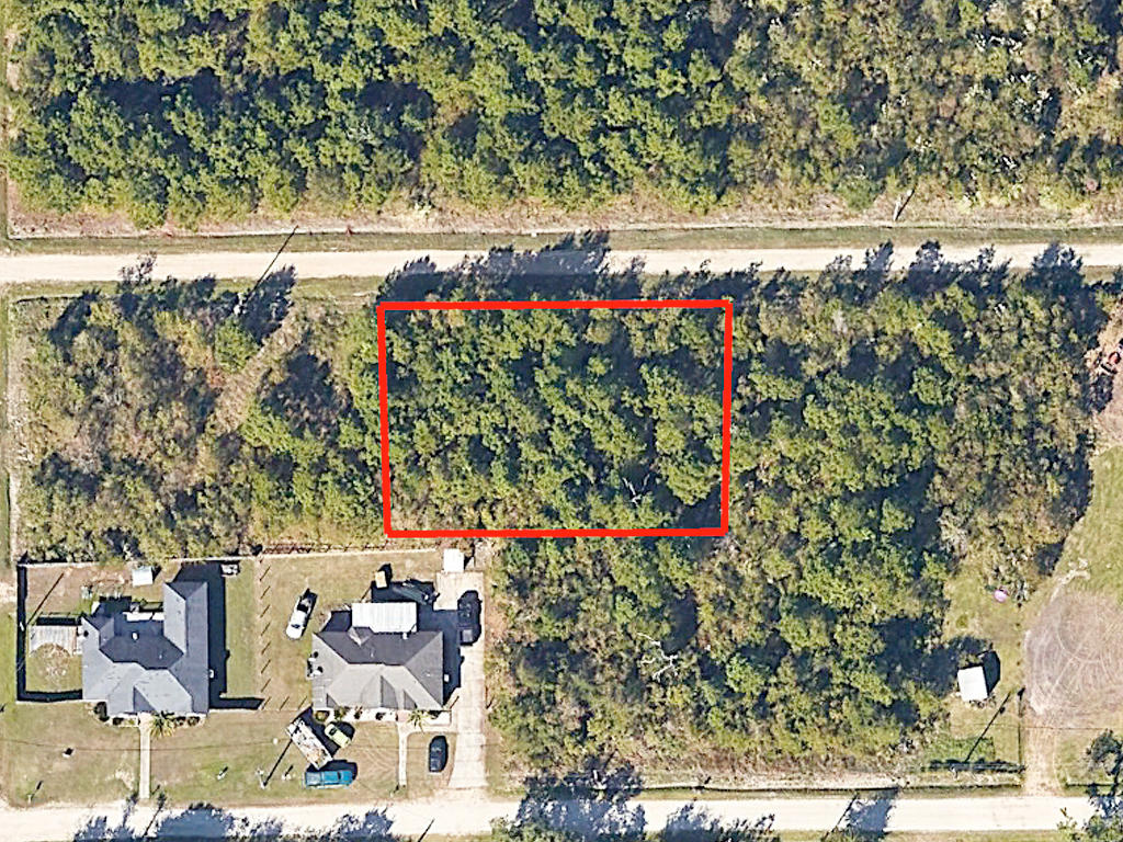 Rare Three Lot Parcel in Heart of Gulf Coast - Image 1