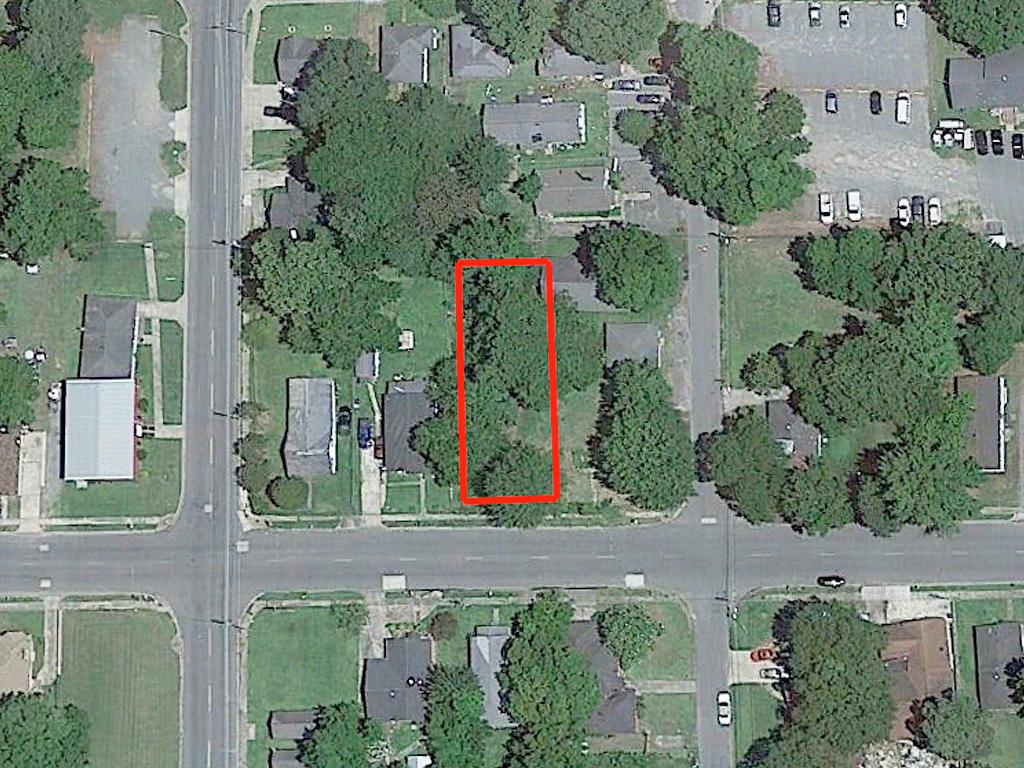 Prime Real Estate Near Lake Pine Bluff - Image 2
