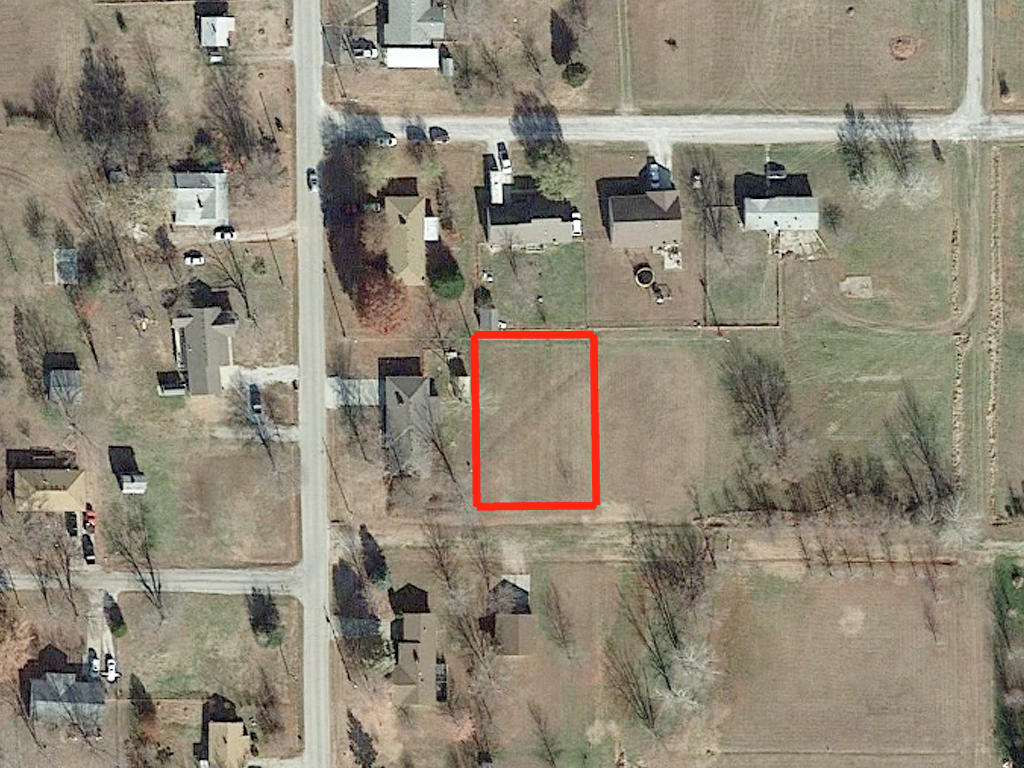 More than Quarter Acre of Southwest Missouri Land - Image 2