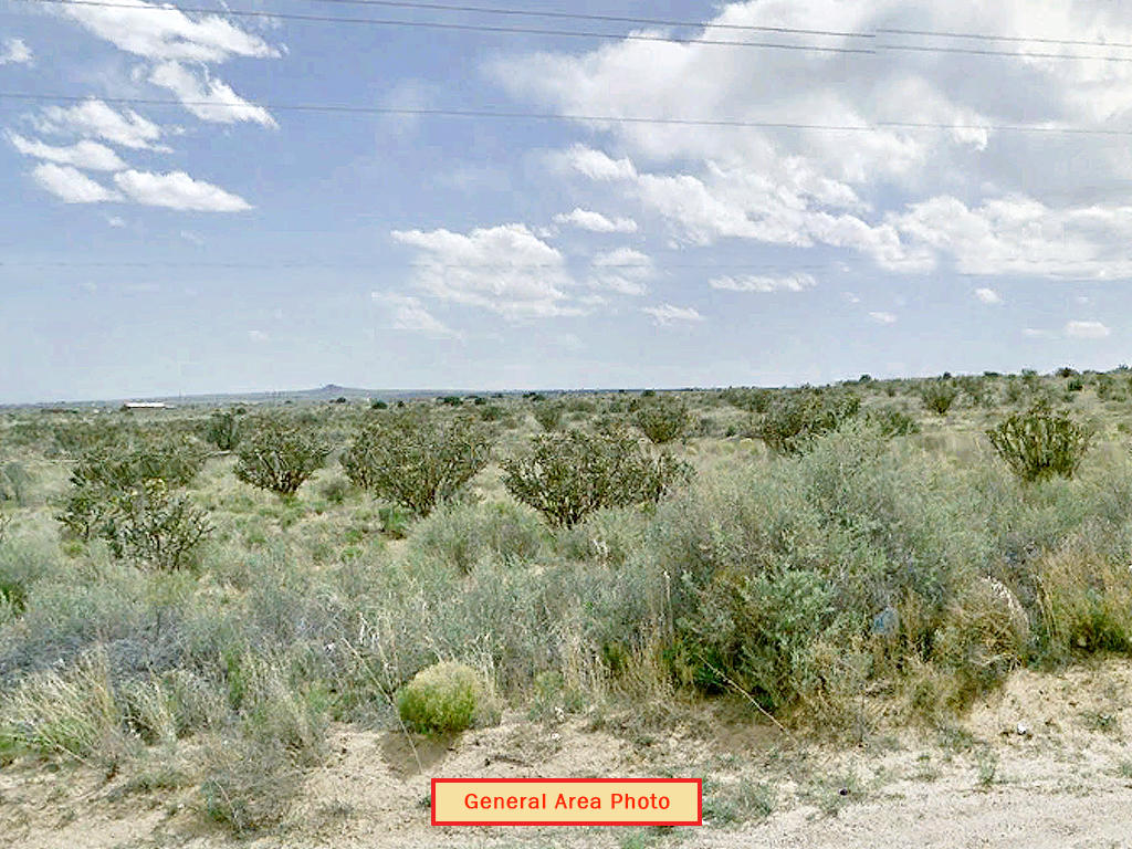 Gorgeous Half Acre in Land of Enchantment - Image 4