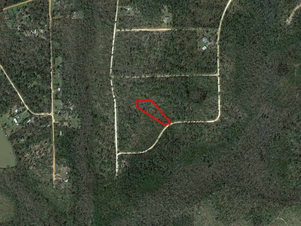 Nearly Two Acre Alford Florida Property - Image 2