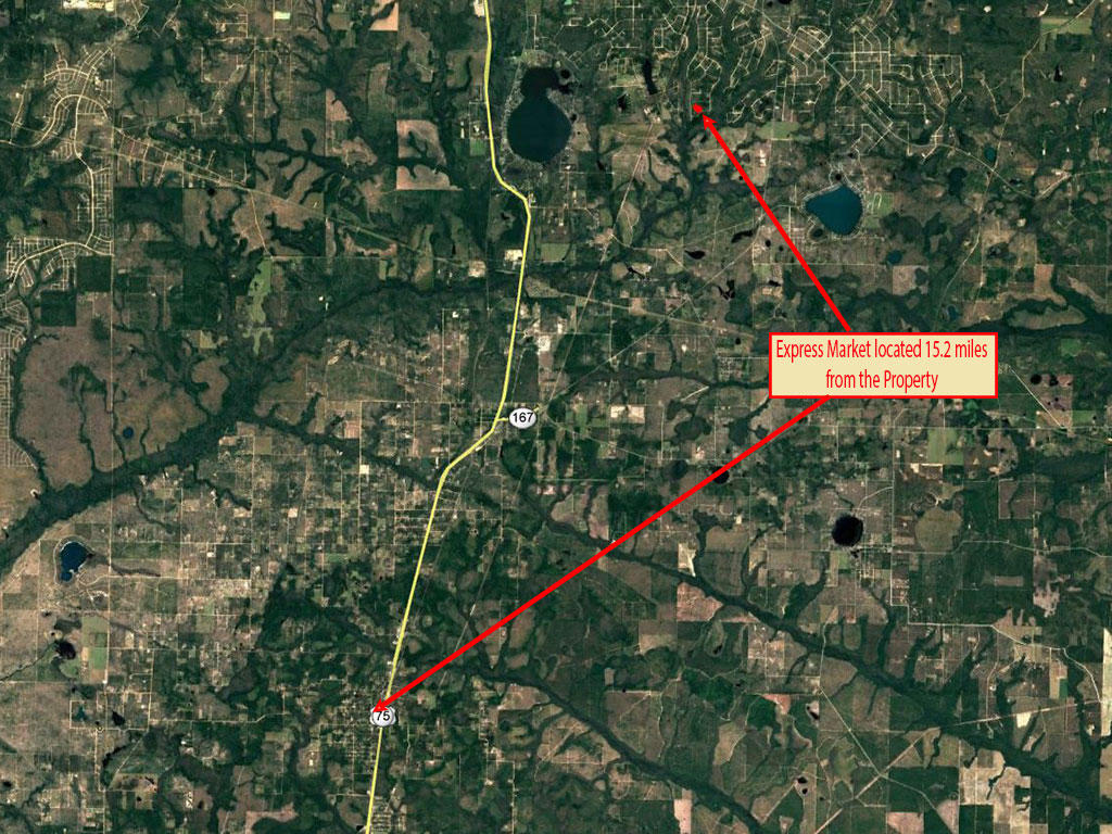 Nearly Two Acre Alford Florida Property - Image 5