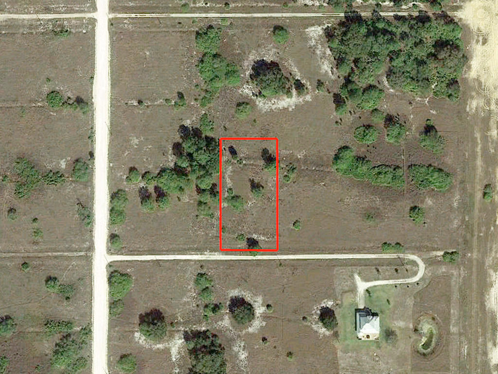 1.25 Acres in Private Area 45 Minutes from Ft. Myers and the Beach - Image 1