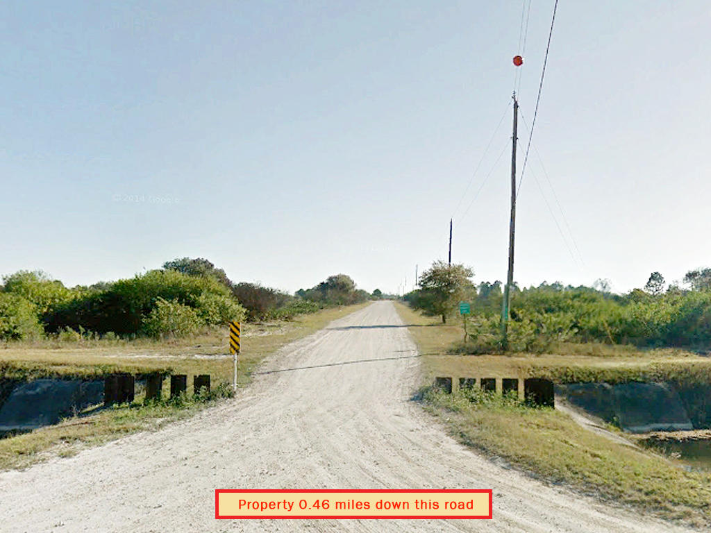 1.25 Acres in Private Area 45 Minutes from Ft. Myers and the Beach - Image 4