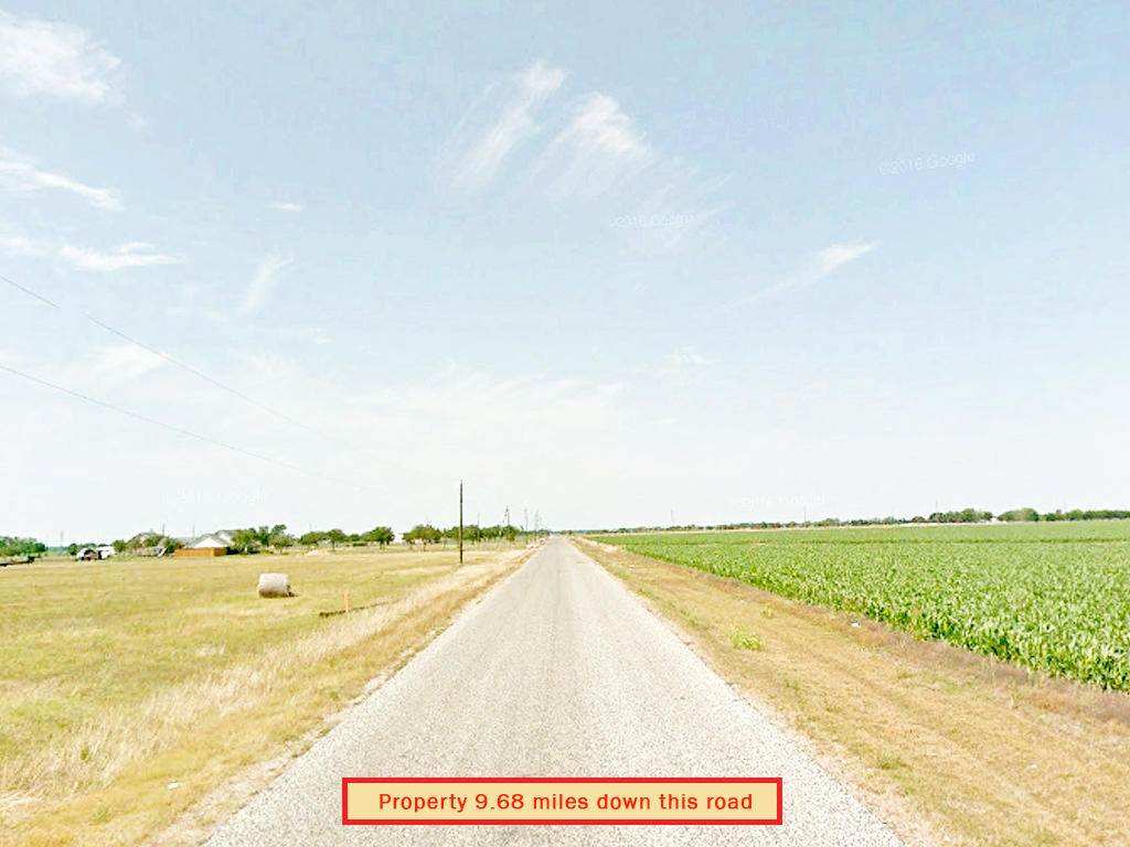 Find Yourself on Secluded Texas Lot - Image 4